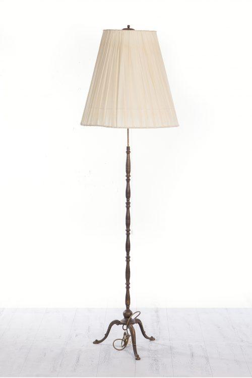 Lámpara pie
